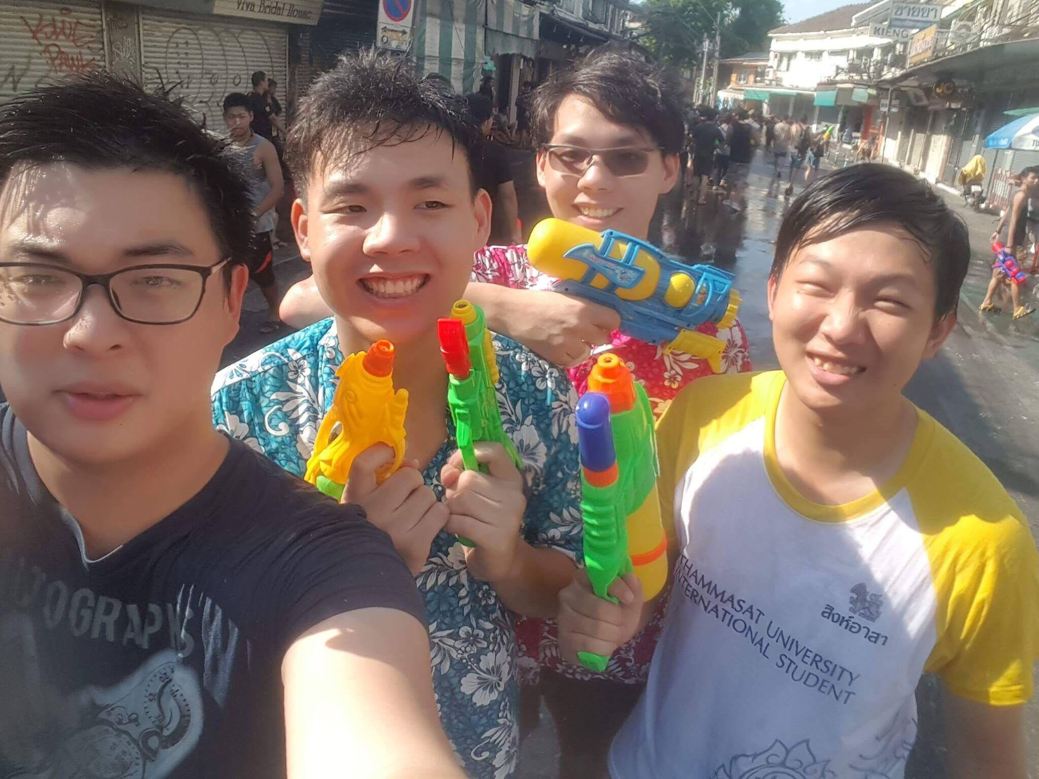 Songkran Festival in Thailand - Dat Le - Spring Exchange Sem of AY 2016-2017