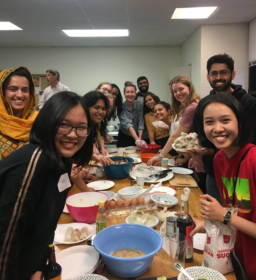 We Teach International Friends How To Make Spring Rolls - Ngoc Minh & Nhat Minh - Spring Exchange Sem of AY 2018-2019