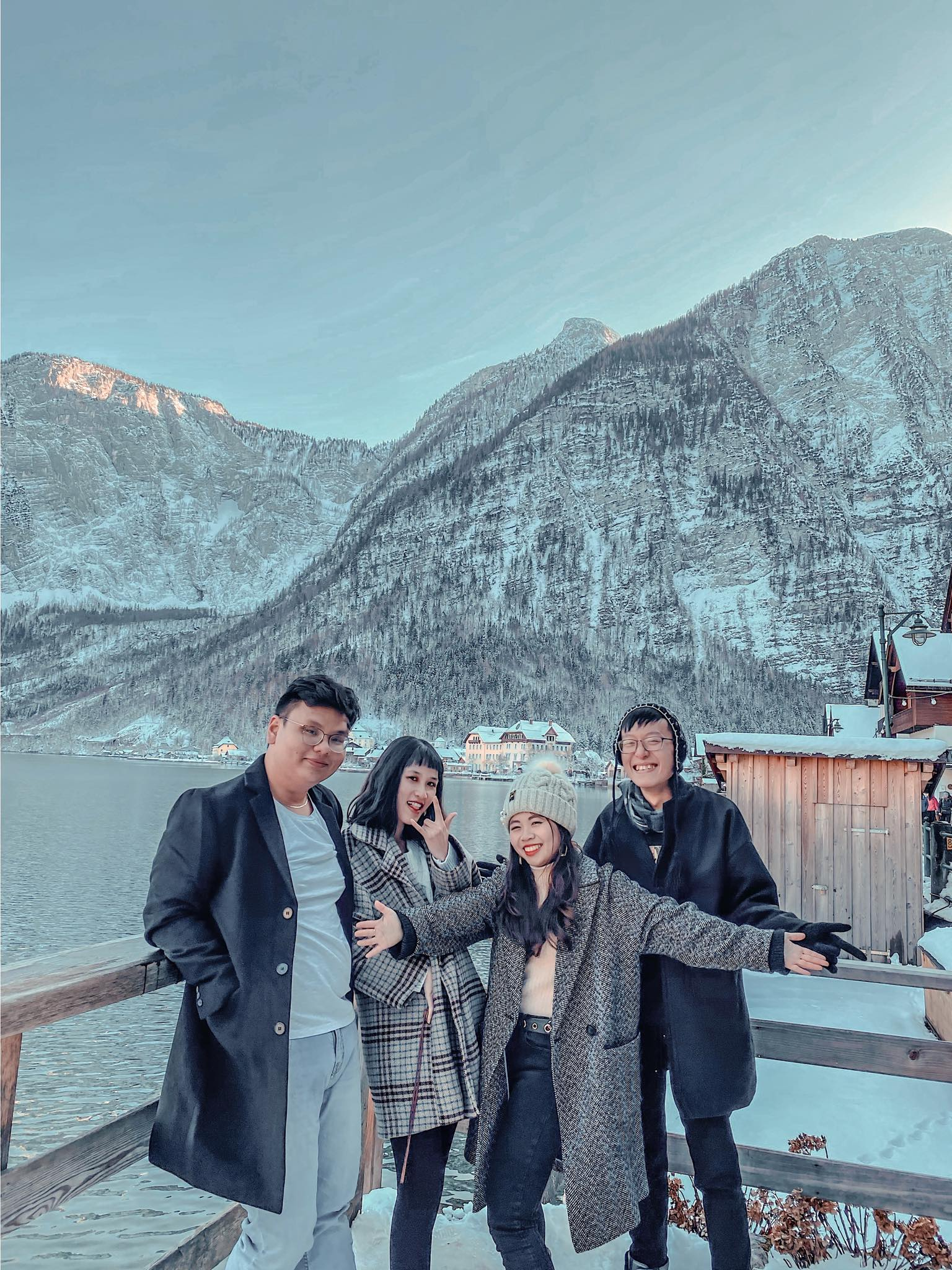 MCI Innsbruck - Vi Chau, Thinh, Luu Nguyen - Winter Exchange Sem 2019-2020